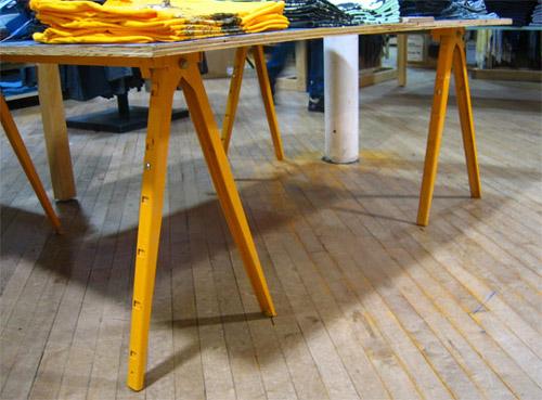 cavalete 13 Inspiração: 19 Mesas com Cavaletes