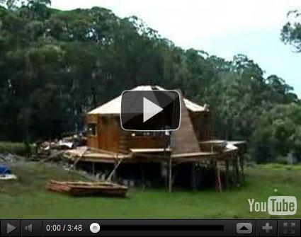 casa bambu Uma casa de bambu em três dias