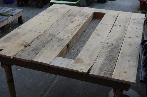 mesahorta 04 3 mesas com plantas embutidas