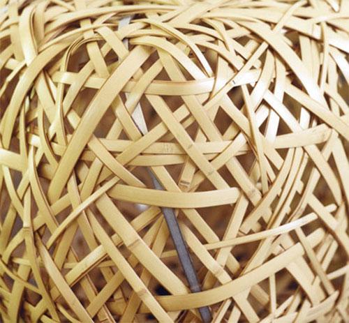bancobambu 02 Banquinho em tiras de bambu