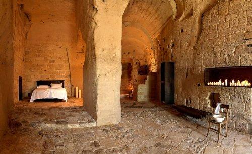 hotel caverna le grotte della civita 15 Hotel dentro de uma caverna na Itália