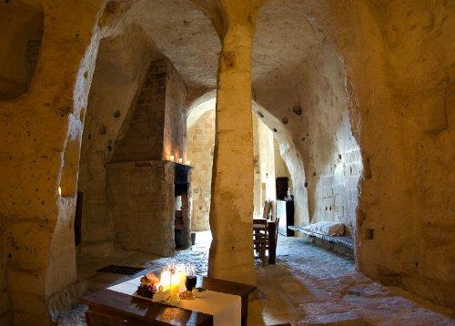 hotel caverna le grotte della civita 16 Hotel dentro de uma caverna na Itália