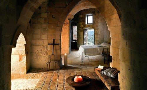hotel caverna le grotte della civita 20 Hotel dentro de uma caverna na Itália