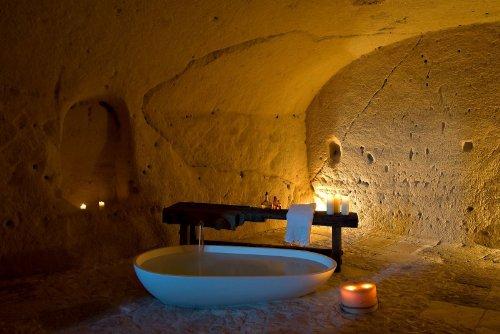 hotel caverna le grotte della civita 6 Hotel dentro de uma caverna na Itália