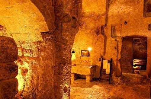 hotel caverna le grotte della civita 7 Hotel dentro de uma caverna na Itália