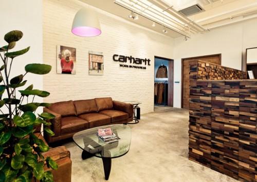carhartt work escritorio 06 500x355 Escritório e Showroom em Hong Kong