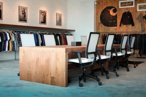 carhartt work escritorio 18 500x333 Escritório e Showroom em Hong Kong