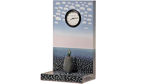 2703137103 55c96529f4 o 100+ Relógios de parede, de mesa e despertadores