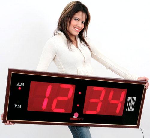2703137239 5cb62f7246 o 100+ Relógios de parede, de mesa e despertadores