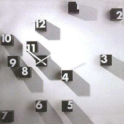 2703137629 27b17b6c9e o 100+ Relógios de parede, de mesa e despertadores