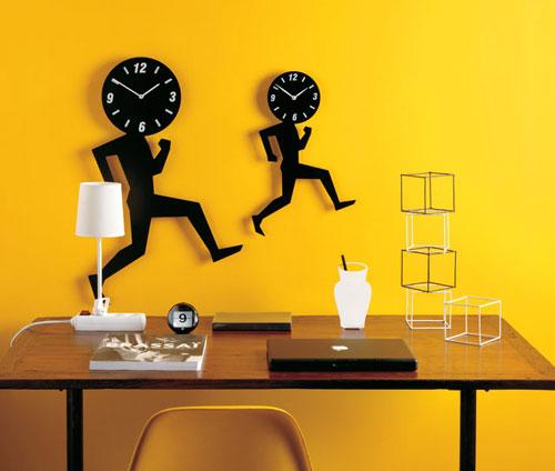 2703141875 fd0a893b97 o 100+ Relógios de parede, de mesa e despertadores