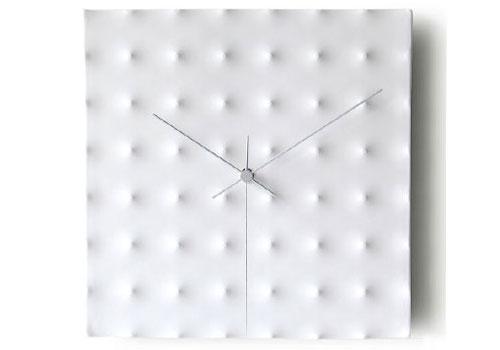 2703959712 6bb2e9d3d0 o 100+ Relógios de parede, de mesa e despertadores