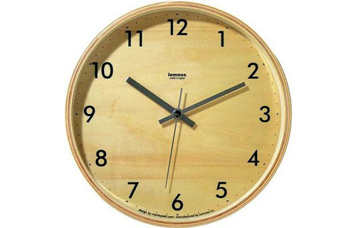 2703960286 8e72ef1d2e o 100+ Relógios de parede, de mesa e despertadores