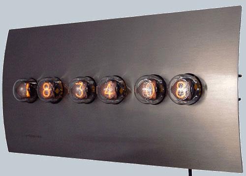 2703961704 f991a8bbc0 o 100+ Relógios de parede, de mesa e despertadores