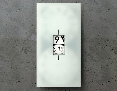 2703961770 2bb9746507 o 100+ Relógios de parede, de mesa e despertadores
