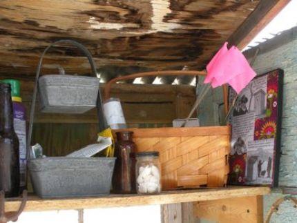 edicula ferramentas jardim 02 Edícula feita só com portas