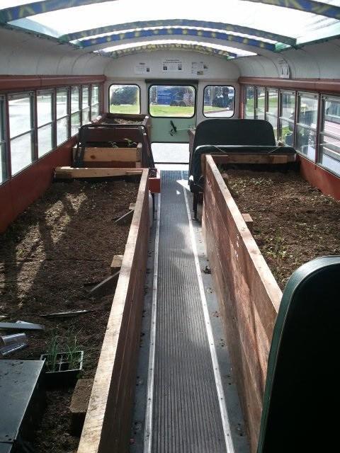 onibus jardim 01 Jardins e hortas em ônibus