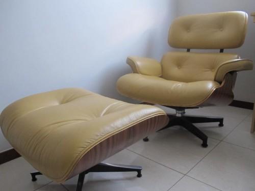 charles eames louge chair 500x375 Garimpando peças de design